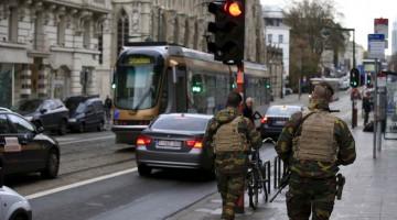 París recibe apoyo antiterrorista