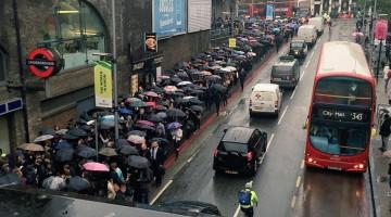 Los usuarios se quejaron de las medidas tomadas por el metro