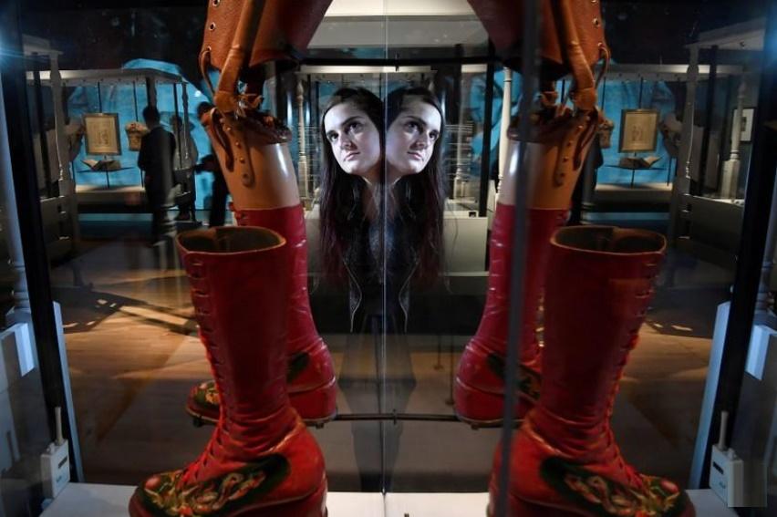 La exhibición de los objetos personales de Frida Khalo abrirá este sábado