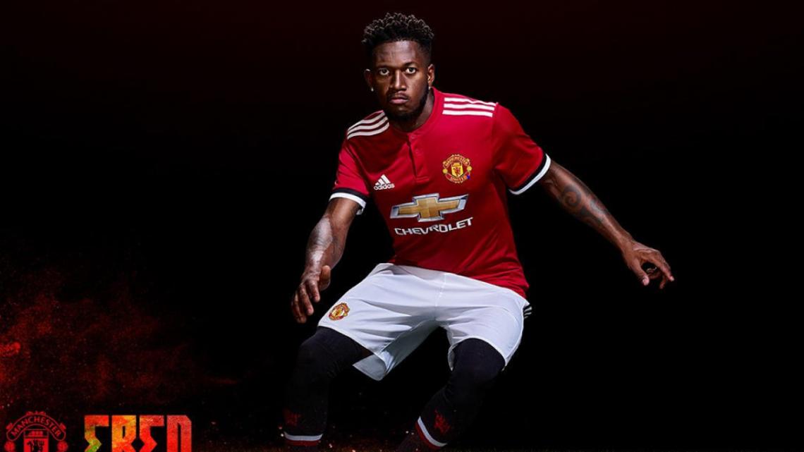 Manchester United oficializó la contratación del brasileño Fred