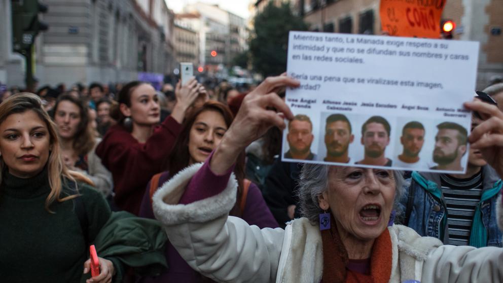Dictan libertad condicional a La Manada y se desatan las protestas