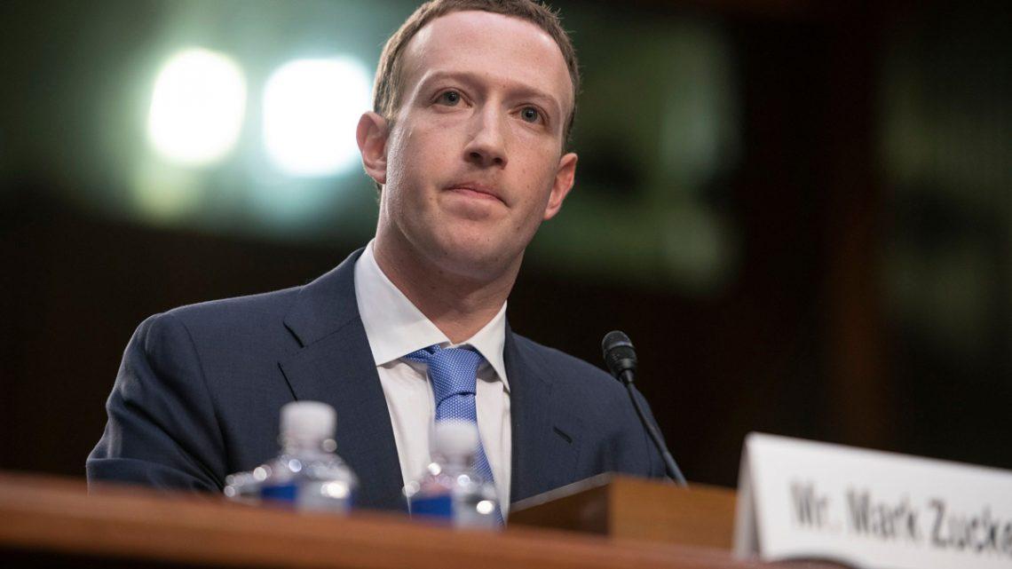 Demandan a Facebook por la estrepitosa caída en la bolsa