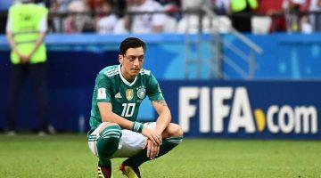 Mesut Ozil renuncia a la selección de Alemania por reproches