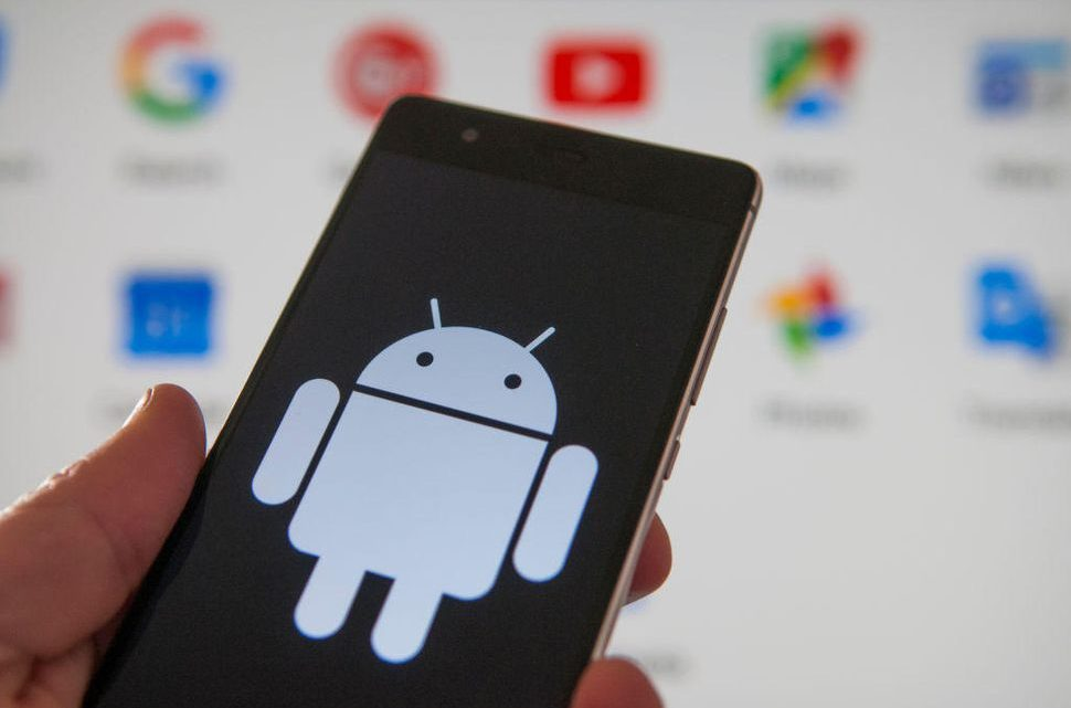 Unión Europea multa a Google por 4,000 millones de euros