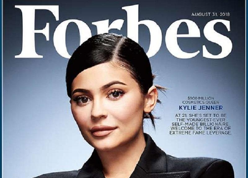 Kylie Jenner aprovechó sus seguidores en las redes sociales (110 millones de seguidores en Instagram) para acumular una fortuna de 900 millones de dólares