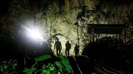 Falleció rescatista durante operación para salvar a niños en cueva de Tailandia