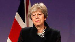 Theresa May acepta enmiendas y el plan del Brexit se le complica