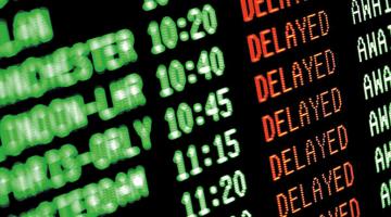 Retrasos de vuelos en Europa subieron en 133 % en el primer semestre