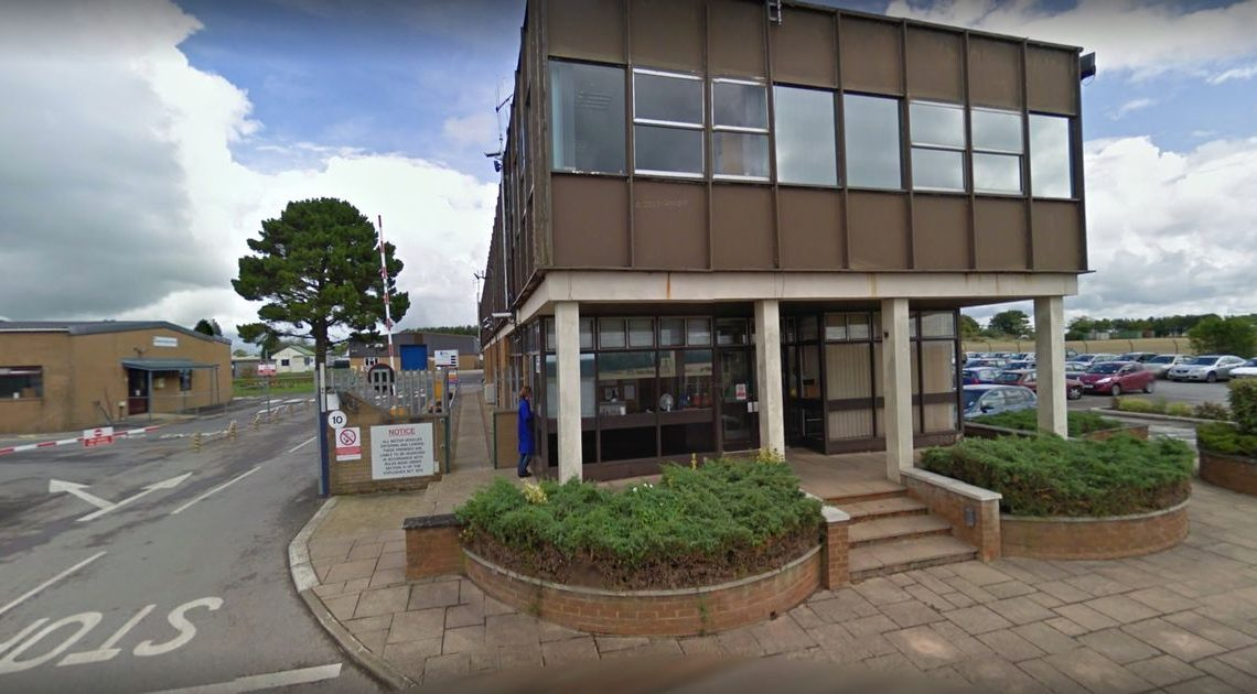 Explosión en fábrica militar Chemring Countermeasures de Salisbury cobró una vida