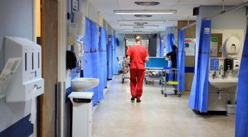 Proveedores de NHS advierten caos en la salud si no hay acuerdo del Brexit