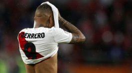Tribunal suizo volvió a dejar sin fútbol a Paolo Guerrero