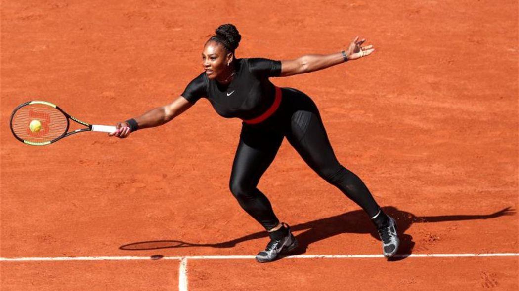 Prohíben traje postparto de Serena Williams en el Abierto de Francia