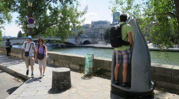 """Urinarios """"ecológicos"""" indignan a los parisinos por ser muy """"públicos"""""""